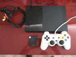 Playstation 2 com 2 controles