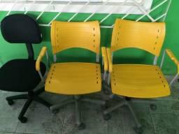 03 Cadeiras