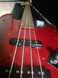 Jazz bass Eagle anos 90 bem conservado ótimo som