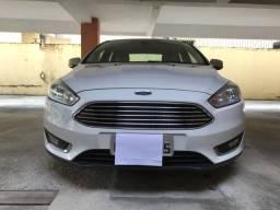 Vende-se Ford Focus Fastback Tit Plus 2.0 automático modelo 2016 - 2016