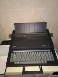 Maquina de escrever semi automatica
