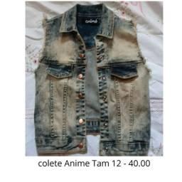 Colete jeans semi novo Anime Tam 12