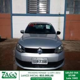 Leilão - VW Novo Voyage 1.6 City modelo 2014 - 2014