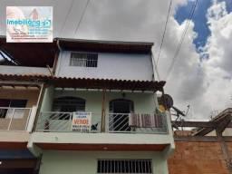 Casa com 03 Quartos no Bairro Oitis- Contagem- MG