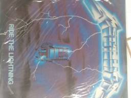 Vendo 3 discos de vinil Metallica