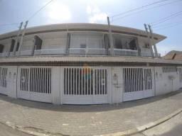 Ótimo Sobrado Geminado com 03 dormitórios a venda no Canto do Forte em Praia Grande!