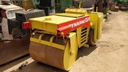 Rolo compactador vibratório Dynapac CG11 tapa buracos