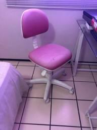 Cadeira escritório com rodinhas