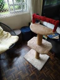 Arranhador para gatos Luxo ( usado pouco tempo)