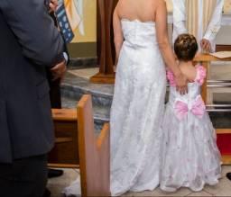 Vestido de noiva e dama