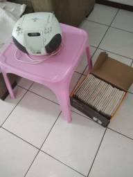 Oportunidade: mesa infantil + mini system + Coleção de Livros de Receita