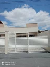 Casa na Mangabeira  2/4 e uma suíte