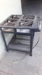 Novo fogão industrial
