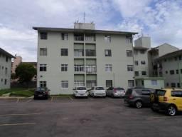 Apartamento, 2 quartos ( 1 com armario, cozinha com armarios CIC Curitiba-PR