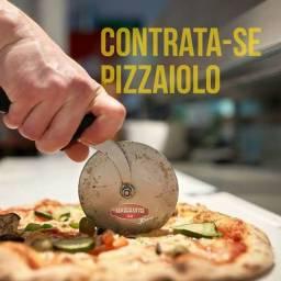 Contratando Pizzaiolo ...