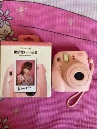 Título do anúncio: Câmera polaroide rosa instax mini 8