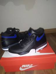 NIKE Air flyght legacy