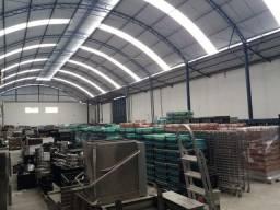 Título do anúncio: Comercial/Industrial de 1500 metros quadrados no bairro São Cristóvão