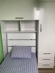 cama de solteiro com armários