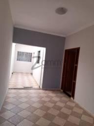 Casa à venda com 2 dormitórios cod:CA005807