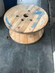 Carretéis de madeira