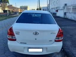 Vendo Toyota Etios X Sedan 2017