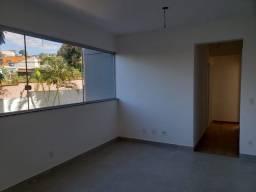 Título do anúncio: Apartamento à venda com 3 dormitórios em Candelária, Belo horizonte cod:4370