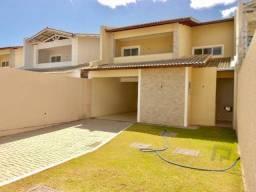 Título do anúncio: Casa com 4 quartos, 217 m², à venda por R$ 690.000