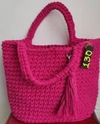 Título do anúncio: Vendo Bolsas artesanais !