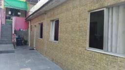 Bairro Encantado Casa com Terraço 2 quartos longe de comunidade