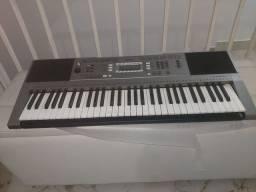 Título do anúncio: Vendo teclado Yamaha zero
