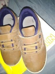 Sapato infantil numeração 25/ o azul da platulha canina sapato social 26/