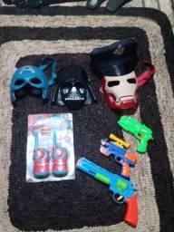 Vendo brinquedos de menino