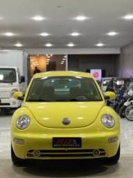 Volkswagen New Beetle  2.0 GASOLINA MANUAL