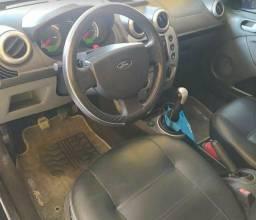Título do anúncio: Fiesta sedan 1.6