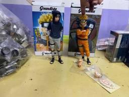 Bonecos anime Naruto e Sasuke