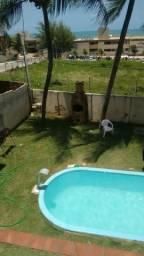 Suites mobiliadas mensal na praia de Ponta Negra com piscina