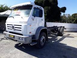 Caminhão 13.180 Worker - 2004 - 2004