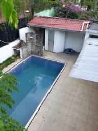 Casa no Conjunto Débora Manaus | Excelente para Clínica ou Escritório, Fins Comerciais