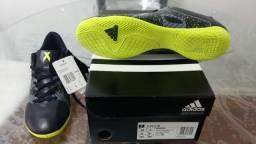 Chuteira Adidas futsal nº 40