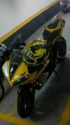 Yamaha R1 moto zerada - 2006