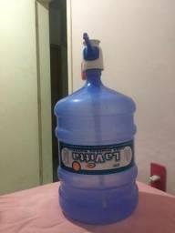 Galão vazio de 20 litros com válvula