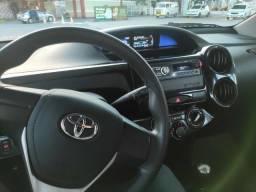Toyota etios hatch muito novo! - 2018
