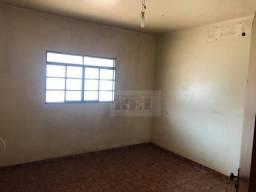 Casa com 3 dormitórios para alugar, 1 m² por R$ 1.100/mês - Vila Borges - Rio Verde/GO