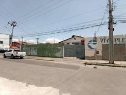 Terreno esquina com Rua Trinta de Junho.