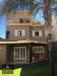 Maravilhosa Casa à Venda em Fartura - Centro - Confira!!!