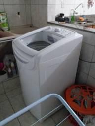 Vende-se uma máquina de lavar