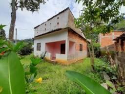 Jordão Corretores - Casa com terreno de 980m² no centro de Cachoeiras
