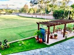 Campo de futebol 100% gramado