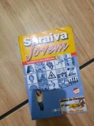 Vendo Dicionário Saraiva Jovem